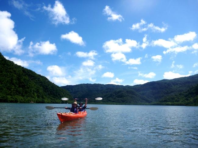 西表島マングローブカヌー&トレッキング/石垣島より日帰り可能/手ぶらok!/シーカヤック/沖縄旅行/雨の日も開催/西表島でカヌーに水牛車観光は『のんぷら』へ。 カップル、1人旅からファミリーまで最高の沖縄旅行の思い出作りに。レンタル用品全て無料!手ぶら参加ok!