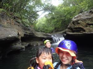 3歳になったばかりのカワイイ女の子も楽しめるのがファミリー専用ツアー